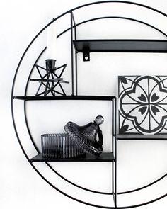 1,607 följare, 565 följer, 77 inlägg - Se foton och videoklipp från Cimla Interior - Finland (@cimla_interior) på Instagram Some Pictures, Taking Pictures, Antique Shops, Pretty Cool, Old Houses, Interior Styling, Old Things, Shabby Chic, Finland