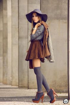 Image via We Heart It https://weheartit.com/entry/141774603/via/2879345 #autumn #beautiful #fall #fashion #heels #outfit #skirt