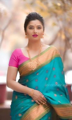 Beautiful Girl Indian, Most Beautiful Indian Actress, Beautiful Saree, Beautiful Women, Indian Fashion Trends, Indian Designer Outfits, Fashion Ideas, Sari Blouse Designs, Bridal Blouse Designs