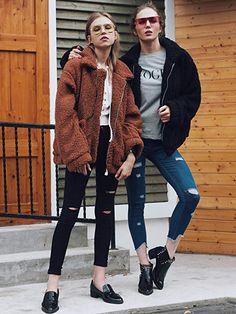 Women's New Fashion Jacket New Fur Winter Fur Coat Ladies Furry Fur Coat Loose coat Plush coat Winter Fur Coats, Winter Coats Women, Casual Coats For Women, Cardigans For Women, Faux Shearling Coat, Faux Fur, Urban Looks, Oversized Coat, Urban Fashion