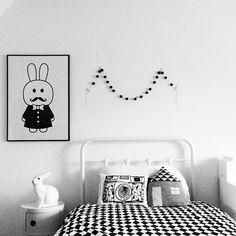 black and white kids room, MiniWilla bunny print. #bunnyonComponibili