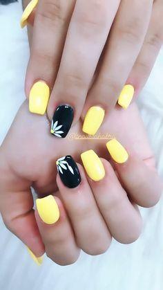 Hot Nails, Swag Nails, Hair And Nails, Grunge Nails, Yellow Nails Design, Yellow Nail Art, Summer Gel Nails, Spring Nails, Elegant Touch Nails