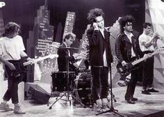 The Cure - Porl Thompson, Boris Williams, Robert Smith, Simon Gallup and Lol Tolhurst - 1987 <3
