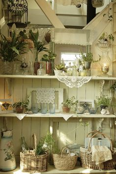 lovely shelves--love the use of doilies--note the creamy white color^ Shabby Chic Kitchen, Shabby Chic Cottage, Vintage Shabby Chic, Shabby Chic Style, Shabby Chic Decor, Cottage Style, Country Decor, Farmhouse Decor, Deco Retro