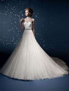 wedding dress- http://zzkko.com/n132908-uropean-version-of-the-simple-waist-hip-collection-Mermaid-Puff-wedding-outside-the-single-2012-new-bride-wedding-H-43.html $27.39