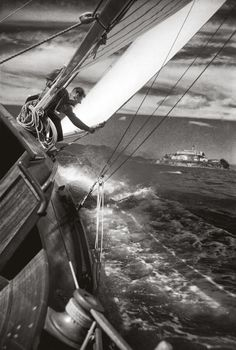 Saulboat heeled over in the Bay from San Francisco, Portrait of a City Notecards by Fred Lyon