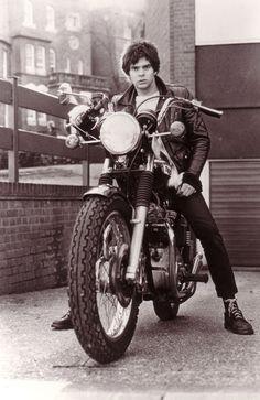 JJ Burnel #thestranglers #punk #triumph