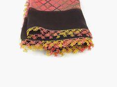 Turkish Oya scarf - Multicolor  Floral - Crochet Flower Edges - Square Headscarf -  Turban Headwrap(Etsy のNakkasheより) https://www.etsy.com/jp/listing/225748095/turkish-oya-scarf-multicolor-floral