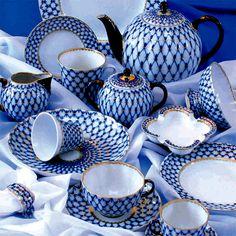 Imperial Lomonosov porcelain: Cobalt Net - Tea Set - Ideas of Tea Set - Imperial Lomonosov porcelain: Cobalt Net Blue And White China, Blue China, Chinoiserie, Tea Cup Saucer, Tea Cups, China Sets, Teapots And Cups, Tea Service, China Patterns