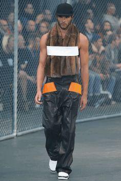 Givenchy Automne Hiver 2014.15⎜Paris Fashion Week www.modepaper.com