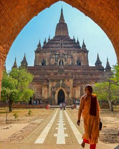The majestic temples of Bagan #Myanmar #LiveTravelChannel Photo by: @pearsonphotography