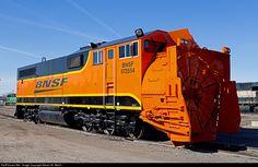 Diesel Locomotive, Steam Locomotive, Bnsf Railway, Railroad Pictures, Rail Transport, Burlington Northern, Railroad Photography, Train Art, Trains