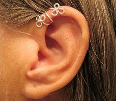 """No Piercing Sterling Silver Helix Cuff Ear Cuff """"Twining Cuff from Wolf and Firefly. Saved to Wolf and Firefly - Ear Gear & More. Wire Jewelry Rings, Jewelery, Beaded Jewelry, Steampunk Accessories, Jewelry Accessories, Helix Ear, Silver Ear Cuff, Homemade Jewelry, Jewelry Design"""