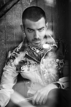 Joe Jonas and his group DNCE captured by the lens of Kurt Iswarienko and styled by Sean Knight, for the latest cover story of Flaunt magazine.