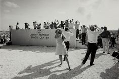 View Apollo 11 Moon Shot, Cape Kennedy, Florida by Garry Winogrand on artnet. Browse upcoming and past auction lots by Garry Winogrand. Garry Winogrand, Unseen Images, Shoot The Moon, Diane Arbus, Kennedy Space Center, Apollo 11, Art Institute Of Chicago, Street Photographers, Public Relations