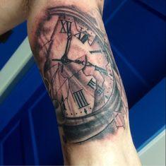 34 Best Broken Clock Tattoo Images Broken Clock Tattoo Clock