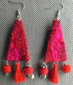 Boucles d'oreilles textiles. Rouge Garance. par VeronikB sur Etsy