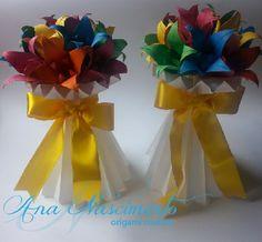Vasos plissados com lírios coloridos!!!