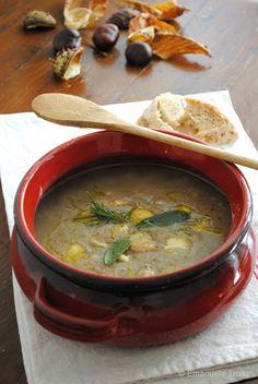 zuppa di ceci e castagne - piatto della tradizione abruzzese, facile da realizzare con pochi semplicissimi ingredienti.