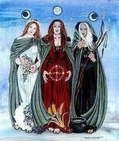 Wicca is a fertility-based religion founded in the by Gerald Gardner, supposedly based as much as possible on pre-Christian British traditions and ceremonial magic societies/orders. Exactly what defines a Wiccan depends on who you ask, but … Celtic Goddess, Goddess Art, Moon Goddess, Triple Goddess Symbol, Artemis Goddess, Maiden Mother Crone, Mother Goddess, Irish Mythology, Celtic Art
