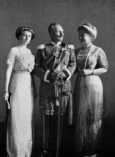 Wilhelm II,Augusta Viktoria and Viktoria Louise of Prussia. (Kaiser Wilhelm II was a grandson of Queen Victoria and thus, a first cousin of King George V of Britain