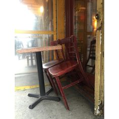 """16. Chair - """"Leave me alone! It's my day off!"""" #fms_chair #NYC #dayoff #happiness"""