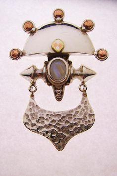 Monile : brass, copper, silver , white labradorite.