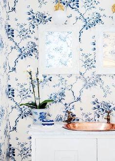 La Maison Boheme: Blue Floral Bathroom