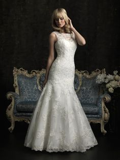 Fit N Flare Lace Bateau Floor Length Keyhole Wedding Dresses With Buttons