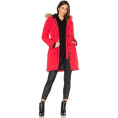 Canada Goose Kensington Parka with Coyote Fur Trim (€855) ❤ liked on Polyvore featuring outerwear, coats, coats & jackets, canada goose parka, fur parka, red fur coat, red toggle coat and red parka coat