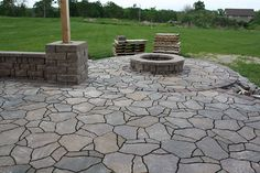 wish we would have seen this before! this is a really good tutorial! The Hansen Family: How to build a patio {part 4}: Laying pavers