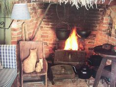 Primitive~AMERICAN COUNTRY HOME~