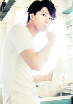 """ Live your life with my command "" Japanese Male, Japanese Artists, Hanyu Yuzuru, Eye Candy, Have Fun, Idol, Angel, Actors, Celebrities"