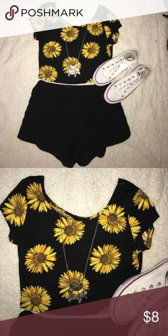 vibrant sunflower crop top Super cute sunflower crop top that goes with shorts pants and skirts! Tilly's Tops Crop Tops