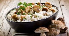 Wild Mushroom Risotto With Black Truffle Oil This wild mushroom risotto is The Kripalu Kitchen's healthy take on comfort food 4 1 rating Feb 2016 Baked Mushrooms, Wild Mushrooms, Stuffed Mushrooms, Edible Mushrooms, Crock Pot Recipes, Wine Recipes, Black Truffle Oil, Risotto, Vegetarian Food