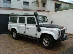 6900,00€ · Land Rover Defender 110 tdi 122 8cv station wagon Se · Land Rover Defender 110 tdi 122 8cv station wagon Es  Land Rover Defender De 3 Versión :TDI 110122 8CV STATION WAGON SE;Año :2011;Kilometraje :133000 km Número de puertas :5 puertas fiscal de Potencia :8 HP, transmisión :manual, Potencia :Diesel;sobresaliente :03/ 2011;Color int. : tweed negro;Color exterior :charol blanco - 4 ruedas motrices - enganche de bloqueo del diferencial trasero dégivrante - estribos - pintura…