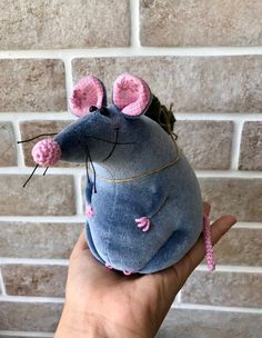 Rat Christmas mouse Rat holding firtree New Year rat Gifts Sewing Toys, Sewing Crafts, Cute Christmas Tree, Etsy Christmas, Christmas Decor, Mouse Crafts, Cute Rats, Denim Crafts, Fabric Toys