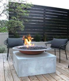 Screen for patio area Backyard, ideas, garden, diy, bbq, hammock, pation, outdoor, deck, yard, grill, party, pergola, fire pit, bonfire, terrace, lighting, playground, landscape, playyard, decration, house, pit, design, fireplace, tutorials, crative, flower, how to, cottages.