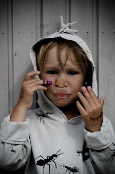 Tyrnifarmarit: Antman Beau Loves Kids Photography Children Photography, Raincoat, Photo And Video, Kids, Fashion, Beauty, Rain Jacket, Young Children, Moda