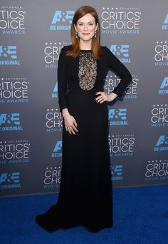 Julianne Moore - 2015 Critics Choice Awards Red Carpet