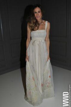 the dress........
