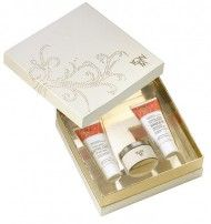 Yon Ka Golden Fantasy Gift Set Concealed within a precious gold and ivory box discover the perfect treatments to achieve bright and beautiful skin. Open to reveal a gift bursting w http://www.comparestoreprices.co.uk/gift-ideas/yon-ka-golden-fantasy-gift-set.asp