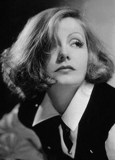 Greta Garbo, 1932