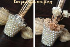Vasos decorativos: como fazer? Mostrei o passo a passo do vaso decorativo com pérolas e do vaso decorativo com flores, que são fáceis de fazer e lindos!