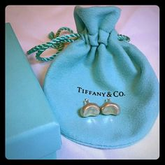 Tiffany&Co Bean Studs by Elsa Peretti Beautiful.  Simple.  Tiffany&Co. Perfect first piece. Trade value $500 Tiffany & Co. Jewelry Earrings