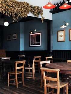 Victorian, traditional, period, london pub interior - COLOUR inspiration for The Tea Pub Pub Interior, Bar Interior Design, Pub Design, Restaurant Design, Modern Restaurant, Pub Decor, Home Decor, Restaurant Furniture, Traditional Interior
