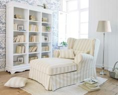 I love a chaise in a master - perfect place to curl up and read a book!