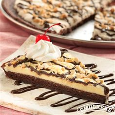 Brownie Sundae Pizza from Smucker's®