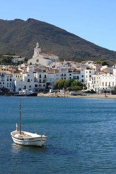 Cadaques, Espana lived here briefly, always in my heart Salvador Dali, Cadaques Spain, Places Around The World, Around The Worlds, All About Spain, Places To Travel, Places To Visit, Costa, New York Architecture