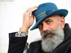 100 Beards - 100 Bearded Men On Instagram To Follow For Beardspiration Great Beards, Awesome Beards, Long Beard Styles, Beard Game, Beard Humor, Beard Model, Beard Tattoo, Tattoo Man, Men With Grey Hair